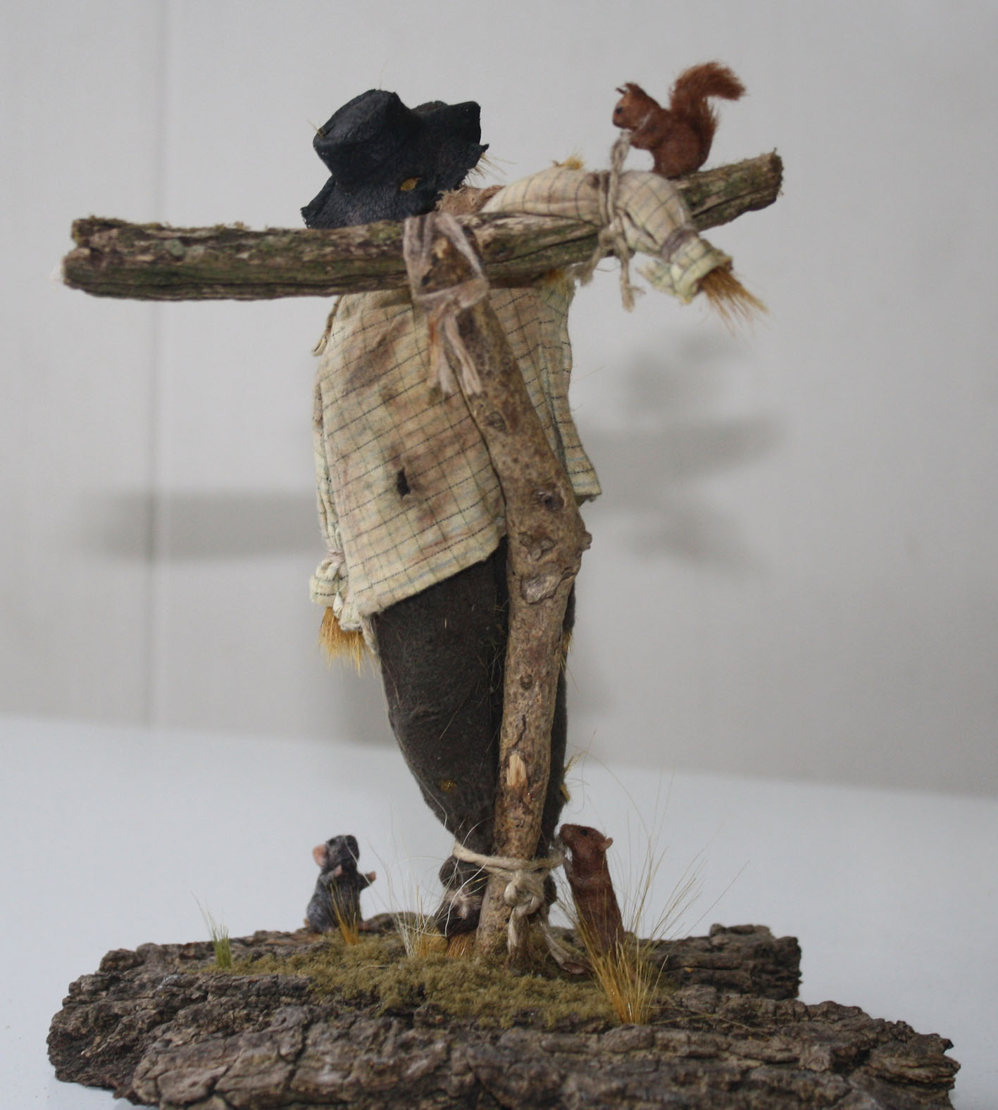Miniature doll Scarecrow 1